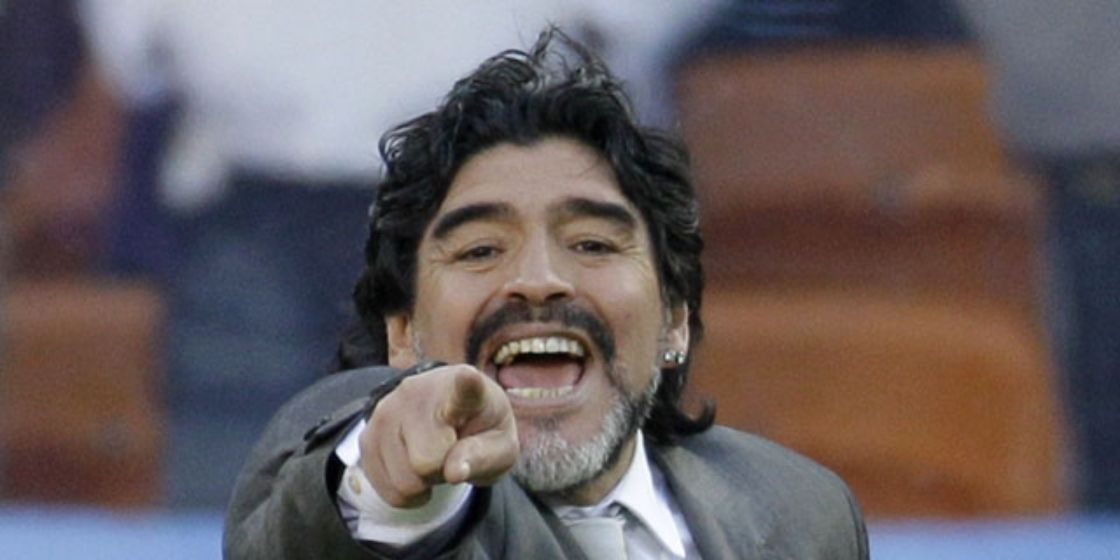 Fuimos implacables: Maradona