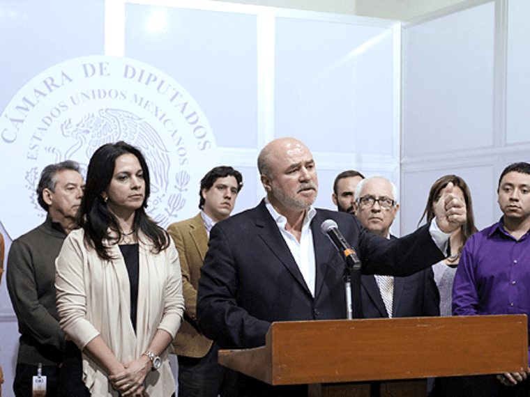 Democracia precisa de candidaturas independientes: Clouthier