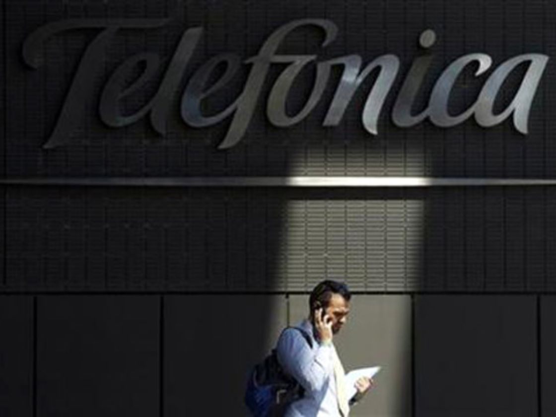 Telefónica vende 4.56% China Unicom