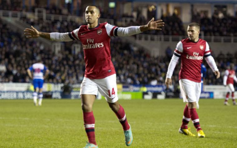 Arsenal golea al Reading