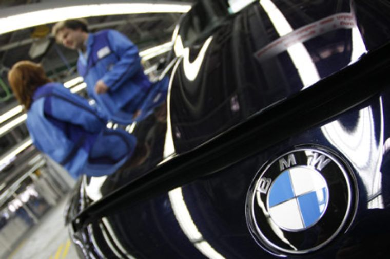 BMW supera récord de ventas en 2012