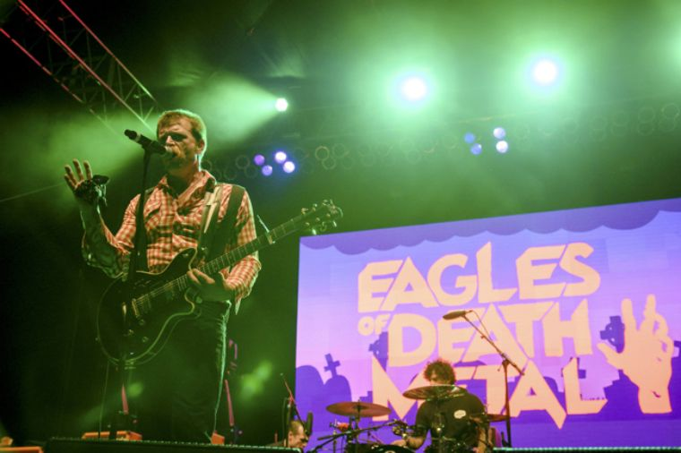 Eagles of Death Metal vuelve a tocar en París