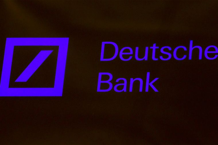 Deutsche Bank recortará bonos del 2015