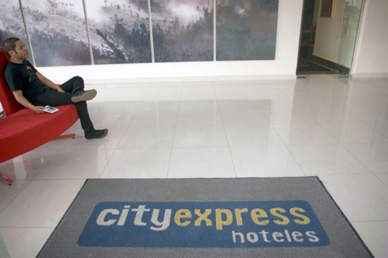 City Express pausa inversiones