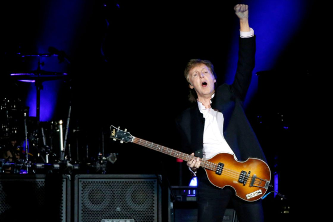 Paul McCartney demanda a Sony por derechos de autor