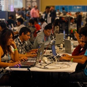 Campus Party ofrecerá 8,000 becas a dreamers
