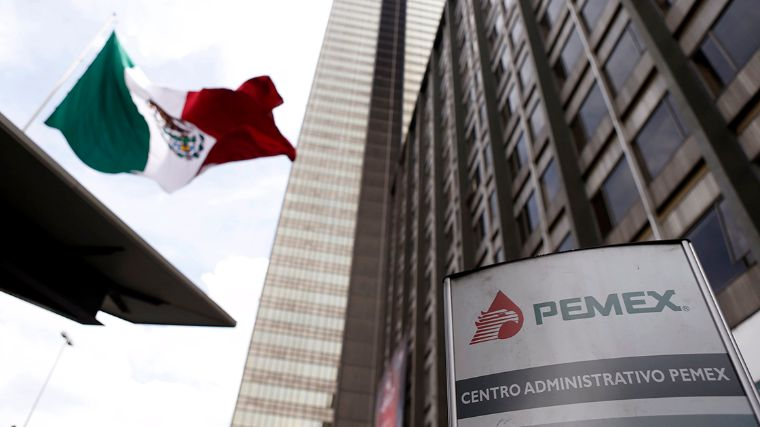 Pemex logo is seen at the headquarters of state-owned oil giant in Mexico City - Pemex logo is seen at the headquarters of state-owned oil giant in Mexico City, Mexico March 18, 2016. REUTERS/Edgard Garrido
