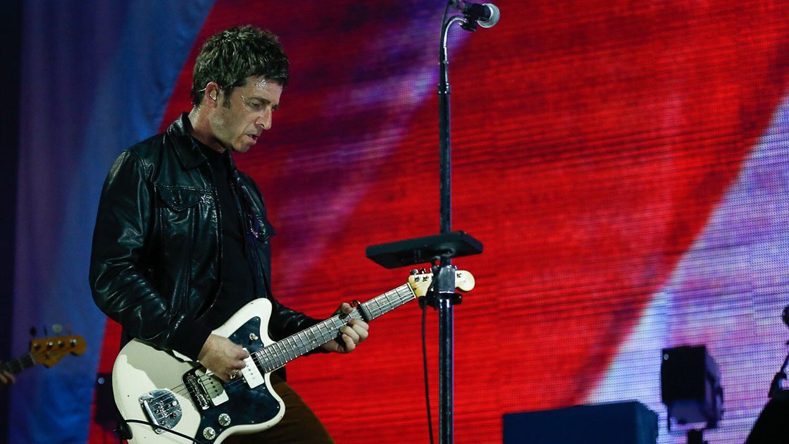 Noel Gallagher es considerado como una de las partes fundamentales y cerebro creativo de Oasis, que fundó con su hermano Liam Gallagher.