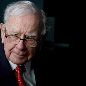 Warren Buffett se deshace de acciones de Apple